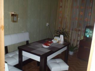 Продажа квартир: 3-комнатная квартира, Хабаровский край, Комсомольск-на-Амуре, пр-кт Копылова, 32к2, фото 1