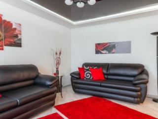 Аренда квартир: 2-комнатная квартира, Курск, ул. Блинова, 2к2, фото 1