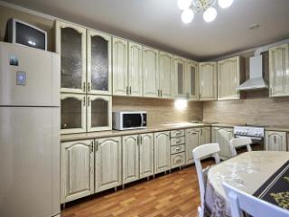 Продажа квартир: 2-комнатная квартира, Краснодар, ул. им Репина, 111, фото 1