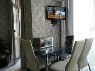 Аренда квартир: 1-комнатная квартира, Краснодарский край, Сочи, ул. Просвещения, 148, фото 1