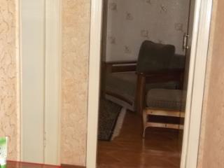 Продажа квартир: 2-комнатная квартира, Кемеровская область, Междуреченск, пр-кт Строителей, 15, фото 1