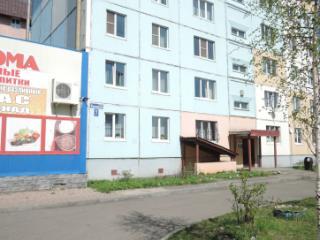 Продажа квартир: 1-комнатная квартира, Кемеровская область, Междуреченск, ул. Карташова, 7, фото 1