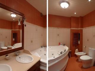 Продажа квартир: 4-комнатная квартира, Краснодарский край, Сочи, ул. Гагарина, 2, фото 1