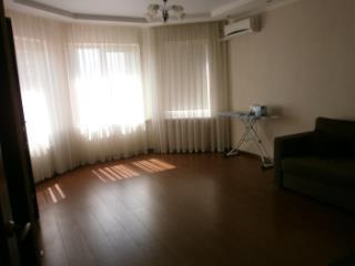 Продажа квартир: 1-комнатная квартира, Краснодар, Морская ул., фото 1