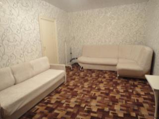 Снять 1 комнатную квартиру по адресу: Волгоград г ул им Ткачева 16