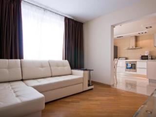 Продажа квартир: 2-комнатная квартира, Краснодарский край, Сочи, Цветочная ул., 44, фото 1