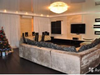 Продажа квартир: 4-комнатная квартира, Уфа, ул. Мустая Карима, 16, фото 1