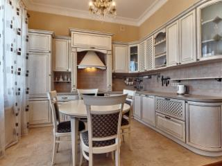 Продажа квартир: 4-комнатная квартира, Краснодар, Красноармейская ул., фото 1