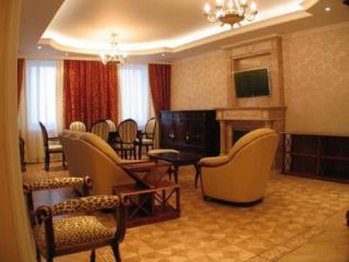 Аренда квартир: 3-комнатная квартира, Москва, Ломоносовский пр-кт, 14, фото 1