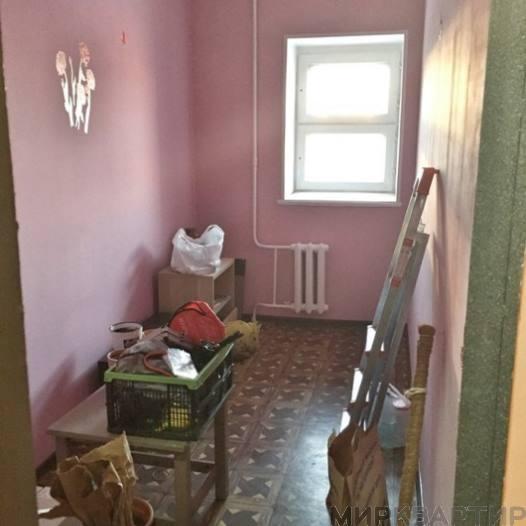 Продам квартиру Омск, пр-кт Комарова, 9