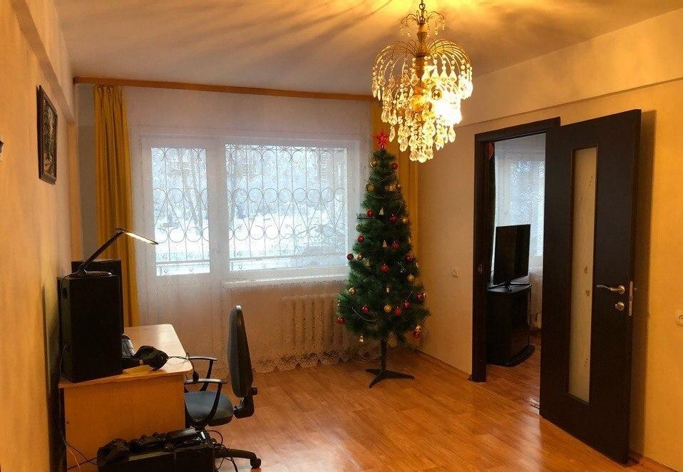 Севастополь продам 3 комнатную квартиру