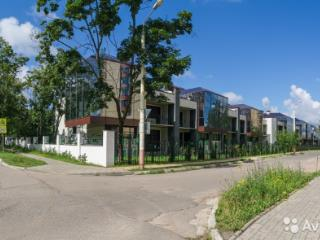 Продажа квартир: 5-комнатная квартира, Московская область, Дубна, ул. Мичурина, 32, фото 1