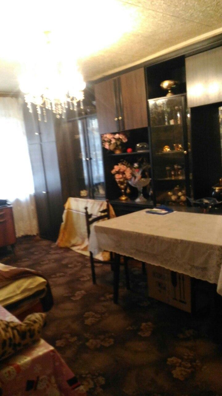 Продается четырехкомнатная квартира за 3 900 000 рублей. г Саратов, ул им Сакко и Ванцетти, д 17/19.